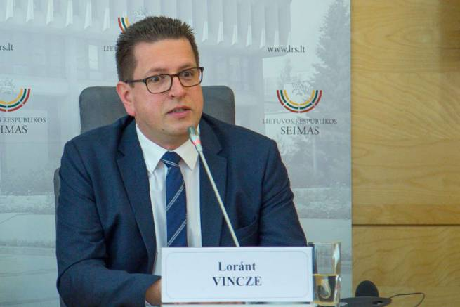 Loránt Vincze: national minorities should have the same rights as national majorities