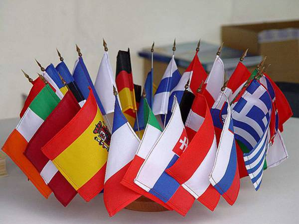 Financial services: Commission sets out its equivalence policy with non-EU countries