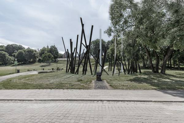 14 authors offered their ideas for a monument to rescuers of Jews in Vilnius