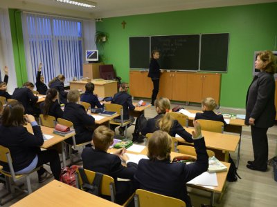 Lithuania: more teachers of mother tongue in minority schools