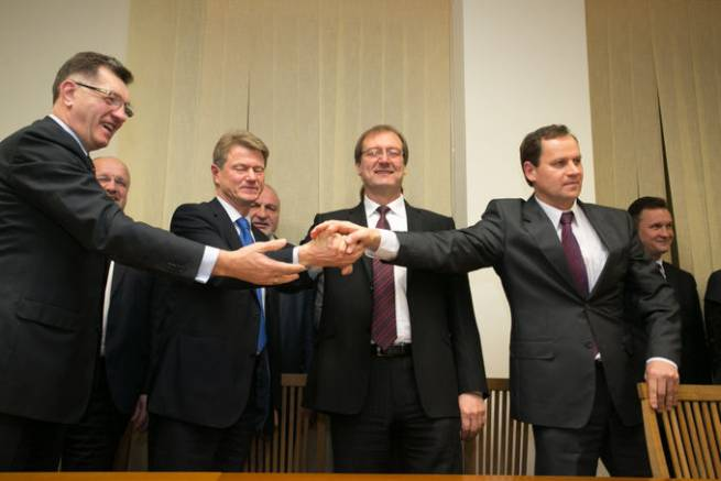 The Lithuanian ruling coalition on important issues to national minorities