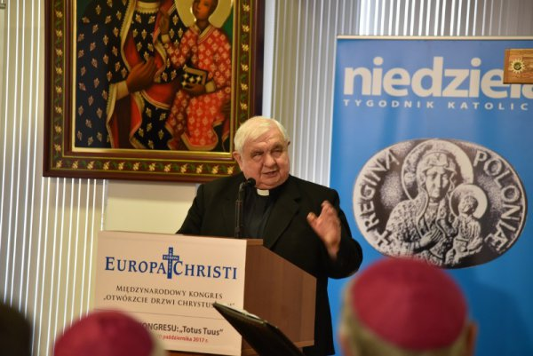 Priest Pralate Ireneusz Skubiś the initiator of the movement 'Europe Christi'