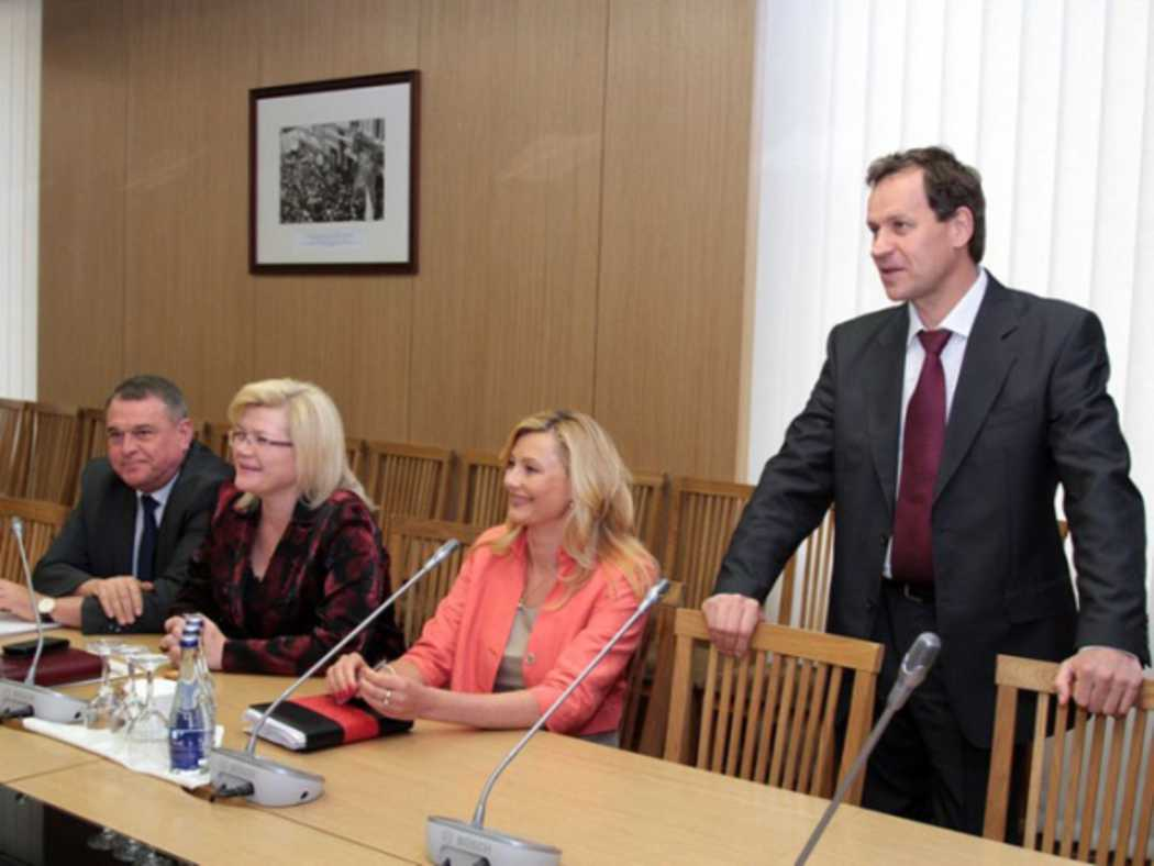 """EAPL leaves the coalition: """"Honesty – above all"""""""